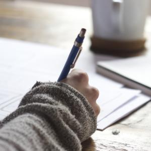Πώς να φτιάξετε το προσχέδιο ενός ερευνητικού άρθρου